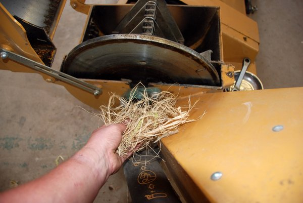 CHIPPER SHREDDER MAINTENANCE-003.JPG