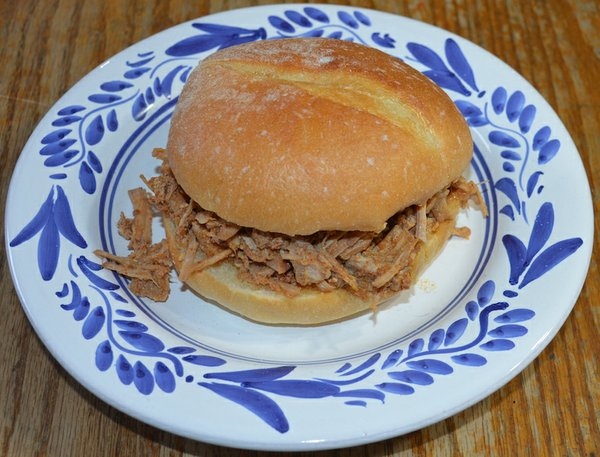 azores pulled pork.jpg
